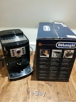 DeLonghi Magnifica S ECAM 22.110. B 1450W Black Coffee Machine Bean To Cup