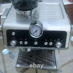 De'Longhi EC9335. M La Specialista 19 Bar 2L Bean to Cup Coffee Machine Silver