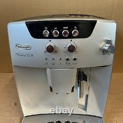 De'Longhi Magnifica Bean to cup coffee machine ESAM04110S