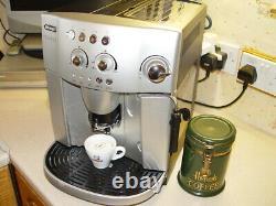 De'Longhi Magnifica ESAM 4200 Bean-to-Cup Coffee Machine Refurbished Clean Mchin