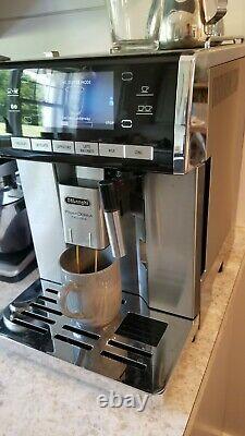 Delonghi PrimaDonna Esam 6900. M Bean-to-Cup Coffee Machine