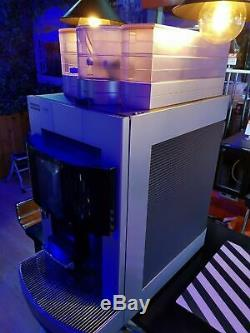 Franke Pura Bean to Cup COMMERCIAL Coffee machine -Water tank! Not main connect