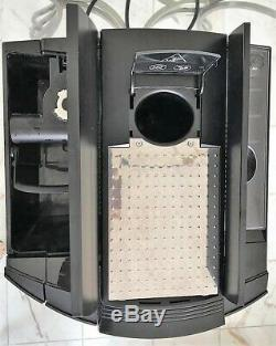 JURA IMPRESSA F60 /XF50 Commercial Bean to Cup coffee expresso Machine used