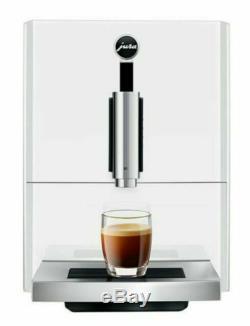 Jura 15171 A1 Bean to Cup Coffee Machine 1450 Watt 15 bar White barely used