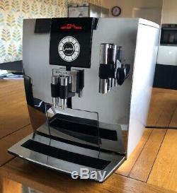 Jura Coffee Machine Impressa J9 Chrome Bean to Cup Machine JUST SERVICED BY JURA