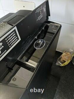 Jura Impressa F50 Automatic Bean To Cup Coffee Machine Cappuccino and Latte