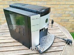 Jura Impressa F90 Bean to Cup Coffee Machine