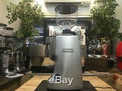 Mazzer Robur Automatic Silver Espresso Coffee Grinder Restaurant Latte Beans Cup